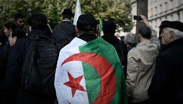 هل لدى وزير الخارجية الجزائري حلول للجالية الجزائرية في المهاجر؟
