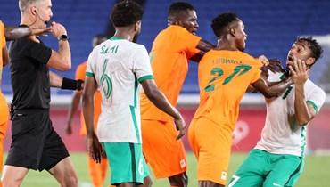من مباراة ساحل العاج والسعودية