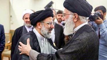 المرشد الأعلى للجمهورية الإسلامية آيه الله علي خامنئي والرئيس الإيراني إبراهيم رئيسي