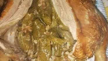 البط المحشوّ بورق العنب... وصفة شهية ولذيذة