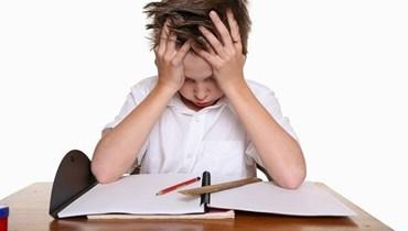 كيف نساعد طفلاً يجد صعوبات في حفظ أمثولاته بشكل أفضل؟