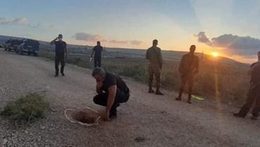 الحفرة التي هرب منها الأسرى الفلسطينيين