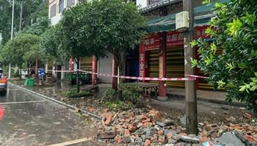 حطام بسبب الزلزال الذي ضرب الصين