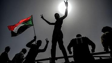 فرح في السودان بعدإحباط الانقلاب