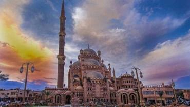 مسجد الصحابة في شرم الشيخ... الأكثر شهرة لدى الأجانب