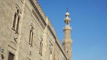 """من أبشع سجن إلى """"مسجد المؤيد شيخ""""... تحفة معمارية بالقاهرة"""