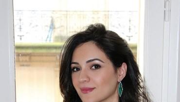 """مصمّمة المجوهرات أميرة كراولي لـ""""النهار العربي"""": تصاميمي مزيج من ألوان الشّرق الأوسط والقصور الفرنسيّة"""