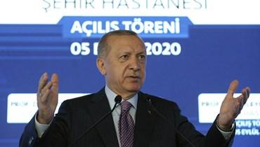 """أردوغان و""""الراية المرفوعة"""" في الخليج... هكذا سيفيق من الوهم"""