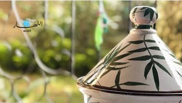 """المصرية إيناس إسماعيل... أوان فخارية بنمط """"السعادة"""""""