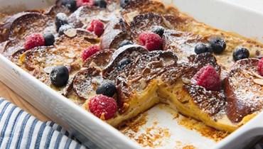 صينية الخبز الفرنسي: لفطور لذيذ بالقرفة واللوز