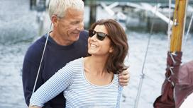 لهذه الأسباب ينجذب الرجل إلى المرأة التي تكبره سناً