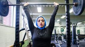 تمارين رفع الأثقال... ما هي فوائدها على النساء؟